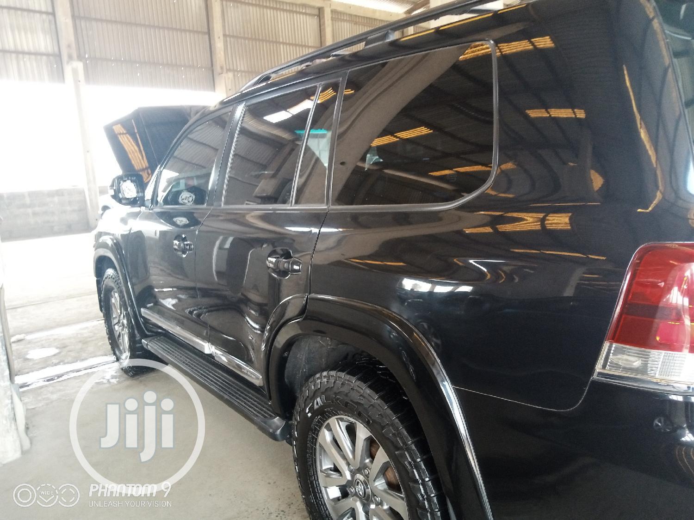 Archive: Toyota Land Cruiser 2014 4.5 V8 GX-R Black