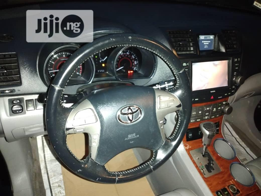 Toyota Highlander 2008 Limited 4x4 Black | Cars for sale in Agege, Lagos State, Nigeria