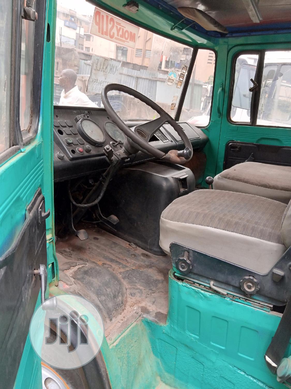 Archive: Mercedes Benz 608