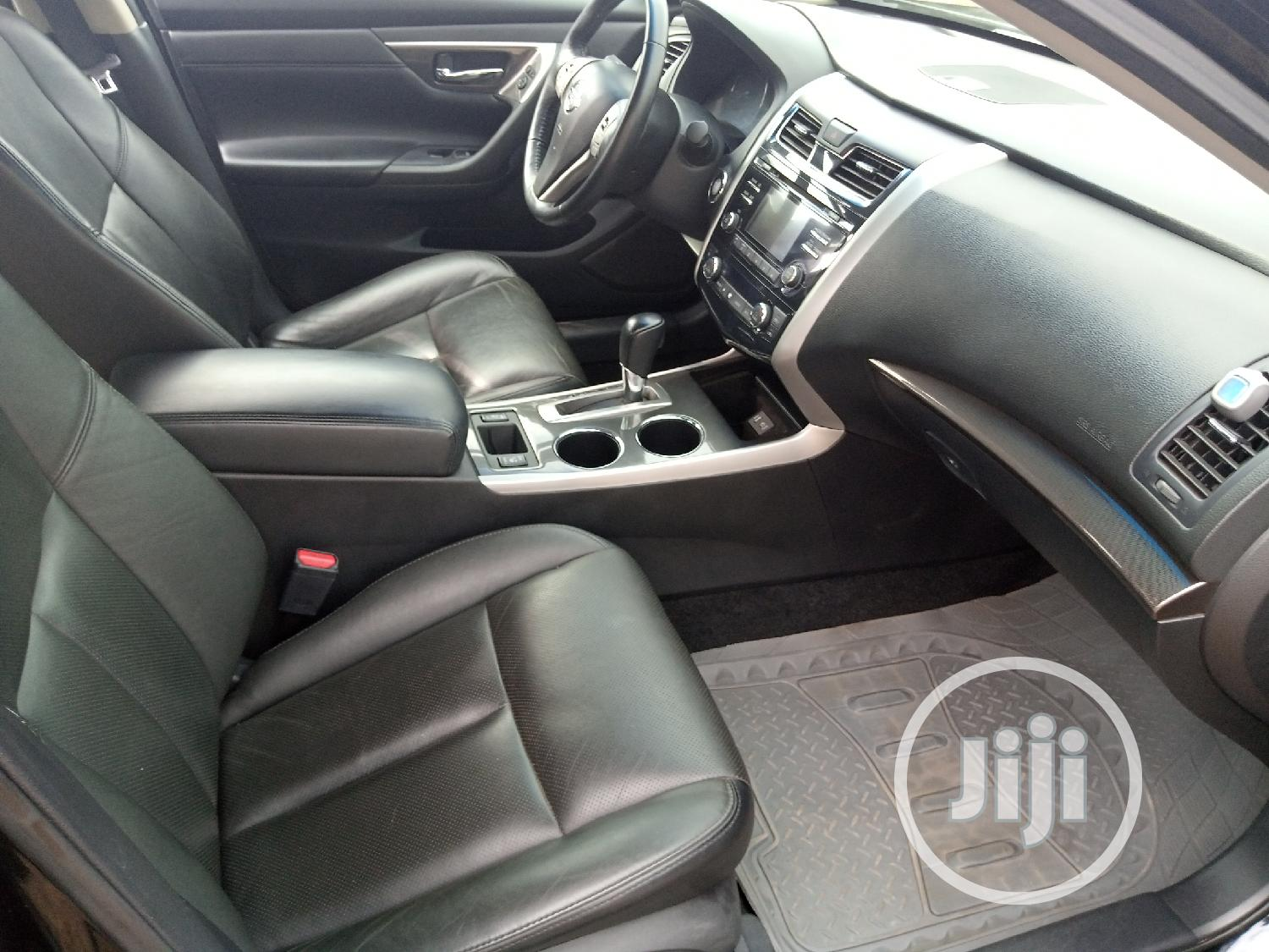 Nissan Altima 2015 Black   Cars for sale in Central Business Dis, Abuja (FCT) State, Nigeria