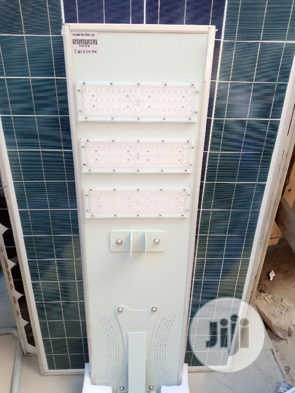 90watt All in One Solar Street Light Available Instocks