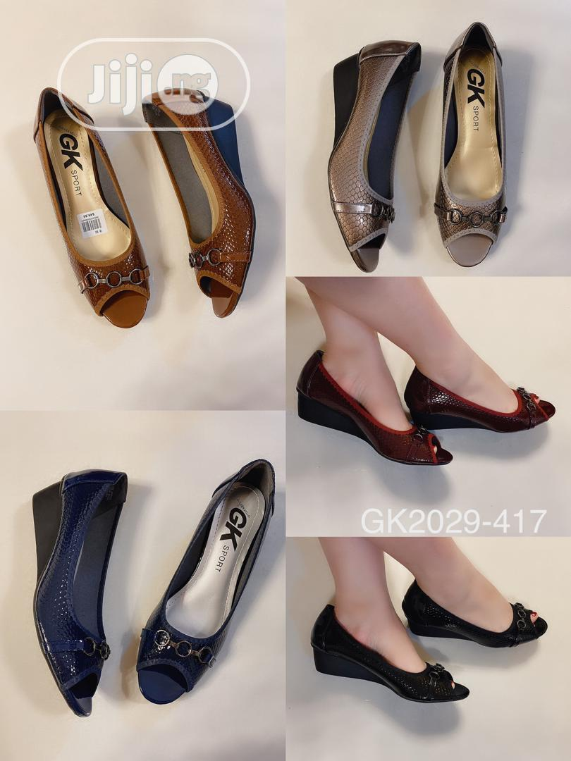 New Quality Female Wag Shoes