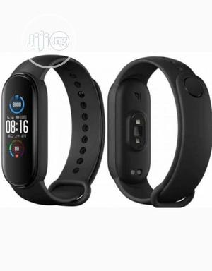 Xiaomi Mi Band 5 Fitness Tracker Waterresistance Smart Watch | Smart Watches & Trackers for sale in Lagos State, Ojo