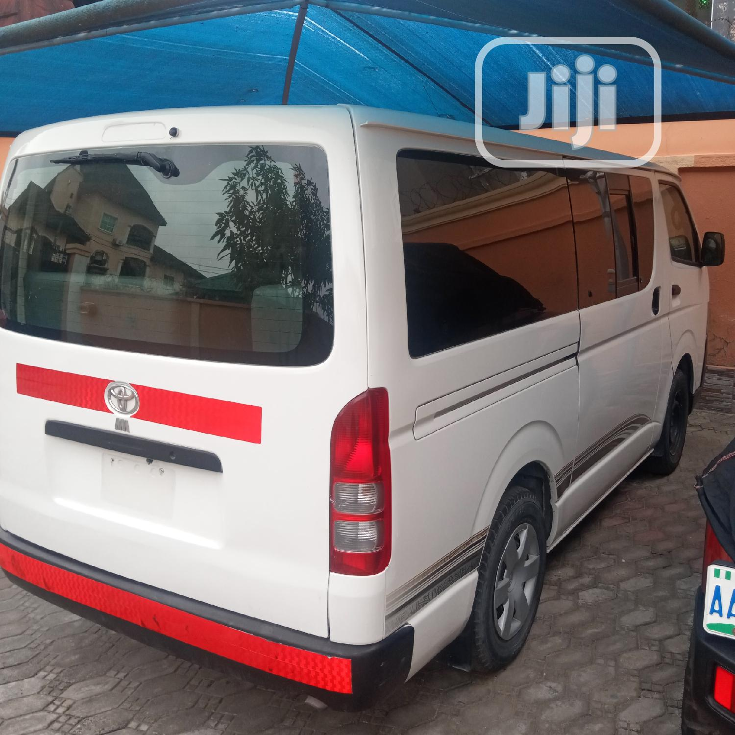 Tokunbo Toyota Hiace 2012 White | Buses & Microbuses for sale in Ikeja, Lagos State, Nigeria