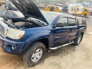 Toyota Tacoma 2006 Access Cab Blue | Cars for sale in Lagos State, Ikeja