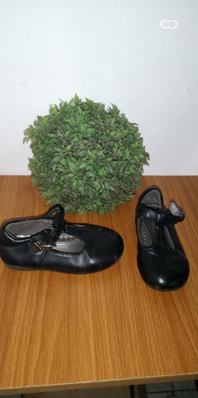 Archive: Girls School Shoe Size 25