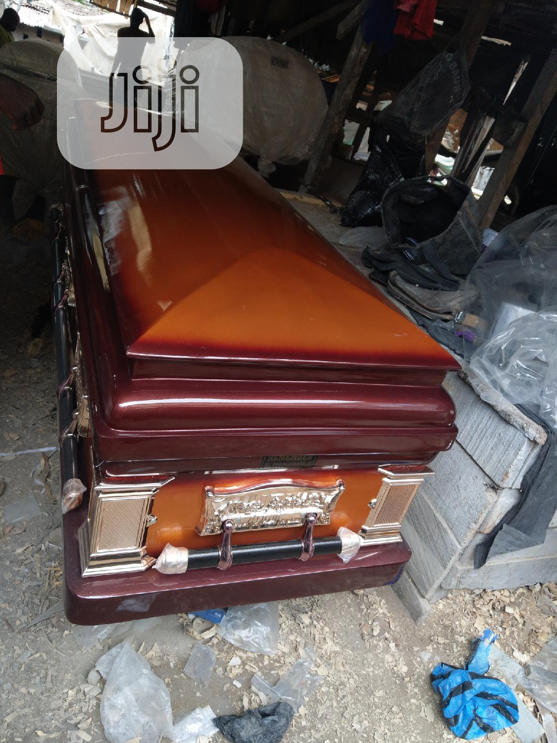 Nice Classic Casket For Undertakers