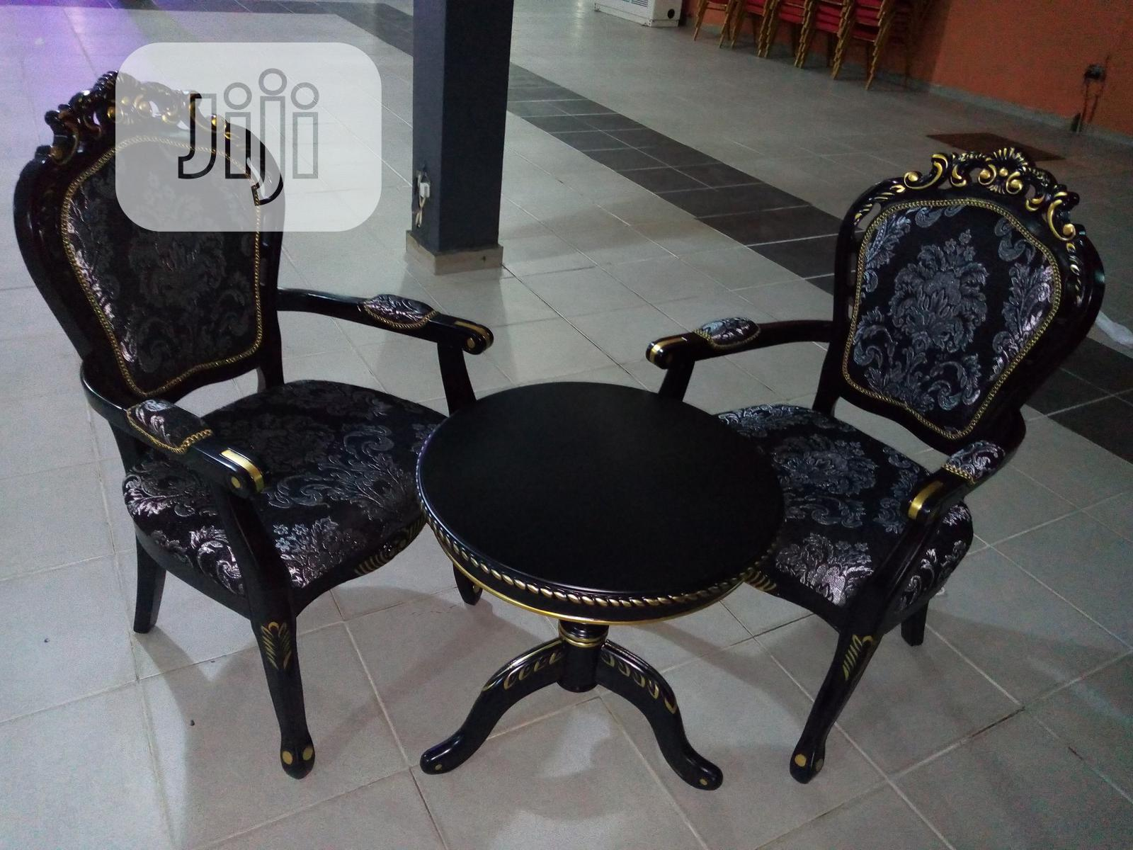 Super Quality Set of Console Table With 2 Chairs