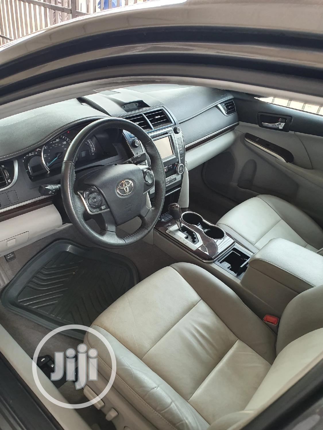 Toyota Camry 2013 Gray | Cars for sale in Surulere, Lagos State, Nigeria