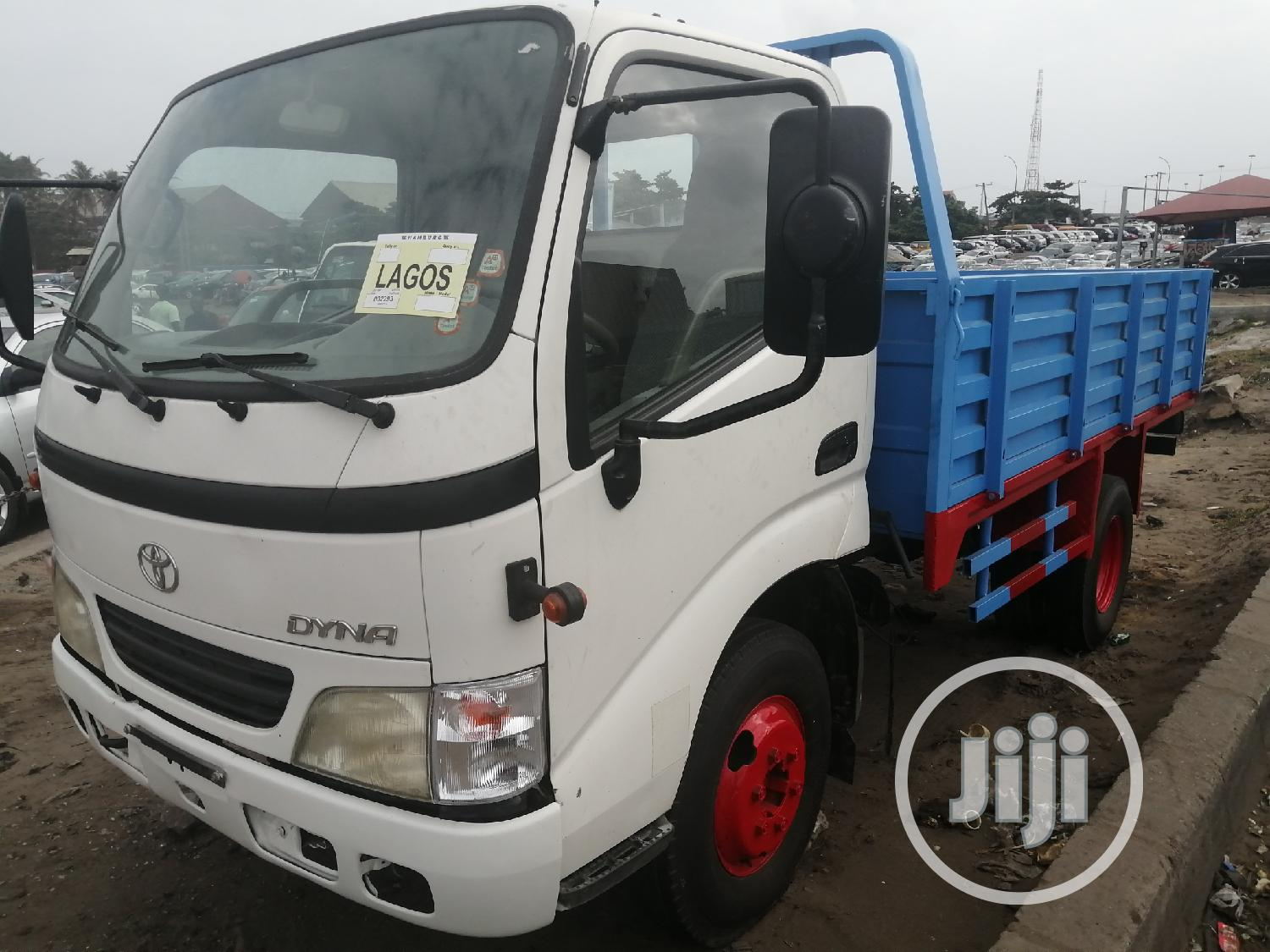 Toyota Dyna 200 Normal Blue/White   Trucks & Trailers for sale in Apapa, Lagos State, Nigeria