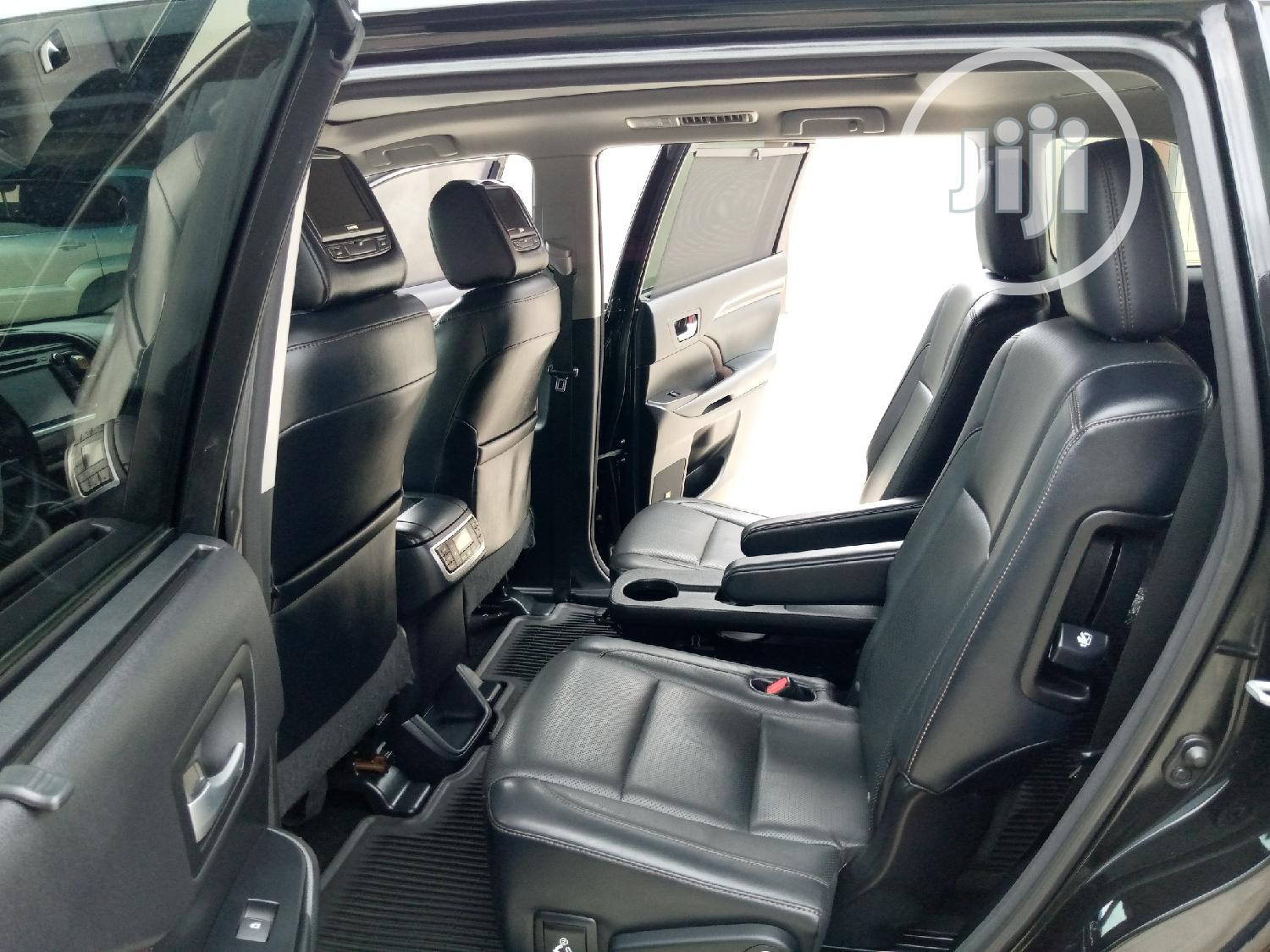 Toyota Highlander 2015 Black | Cars for sale in Amuwo-Odofin, Lagos State, Nigeria