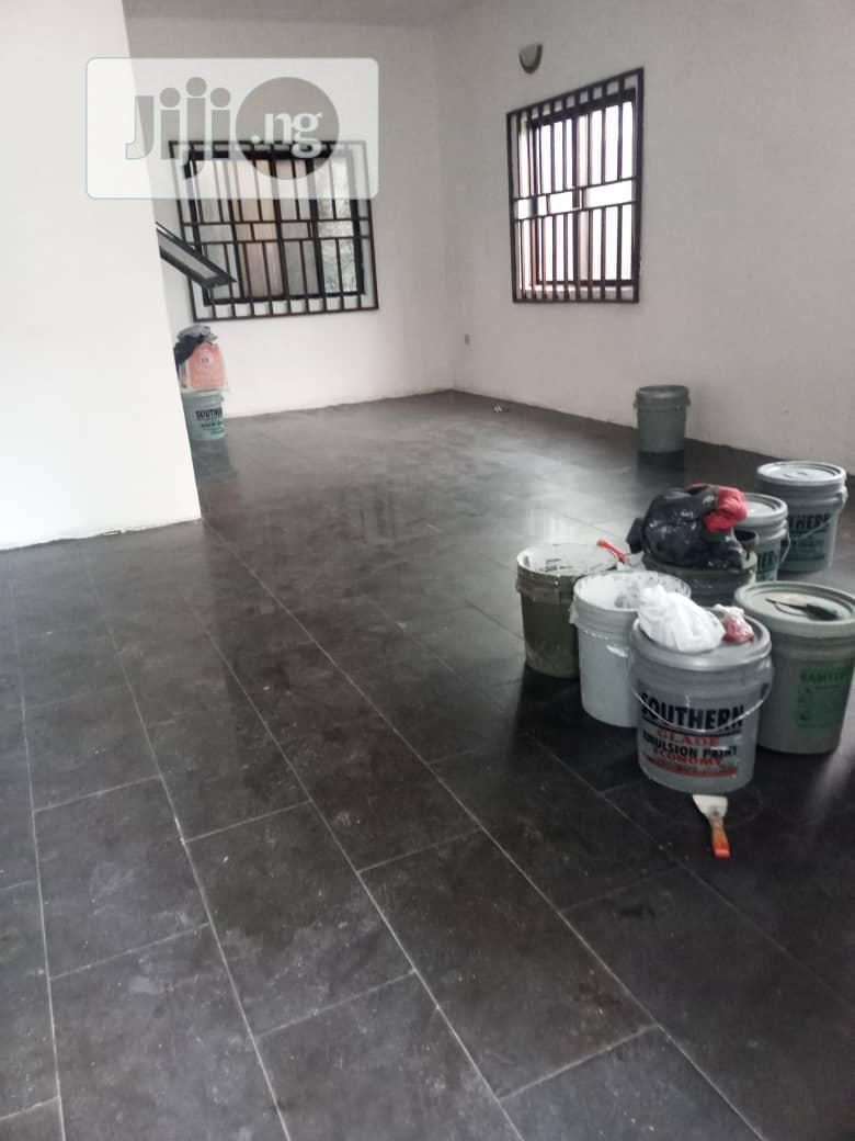 Neat 2 Bedroom Flat For Rent In Woji Port Harcourt | Houses & Apartments For Rent for sale in Port-Harcourt, Rivers State, Nigeria