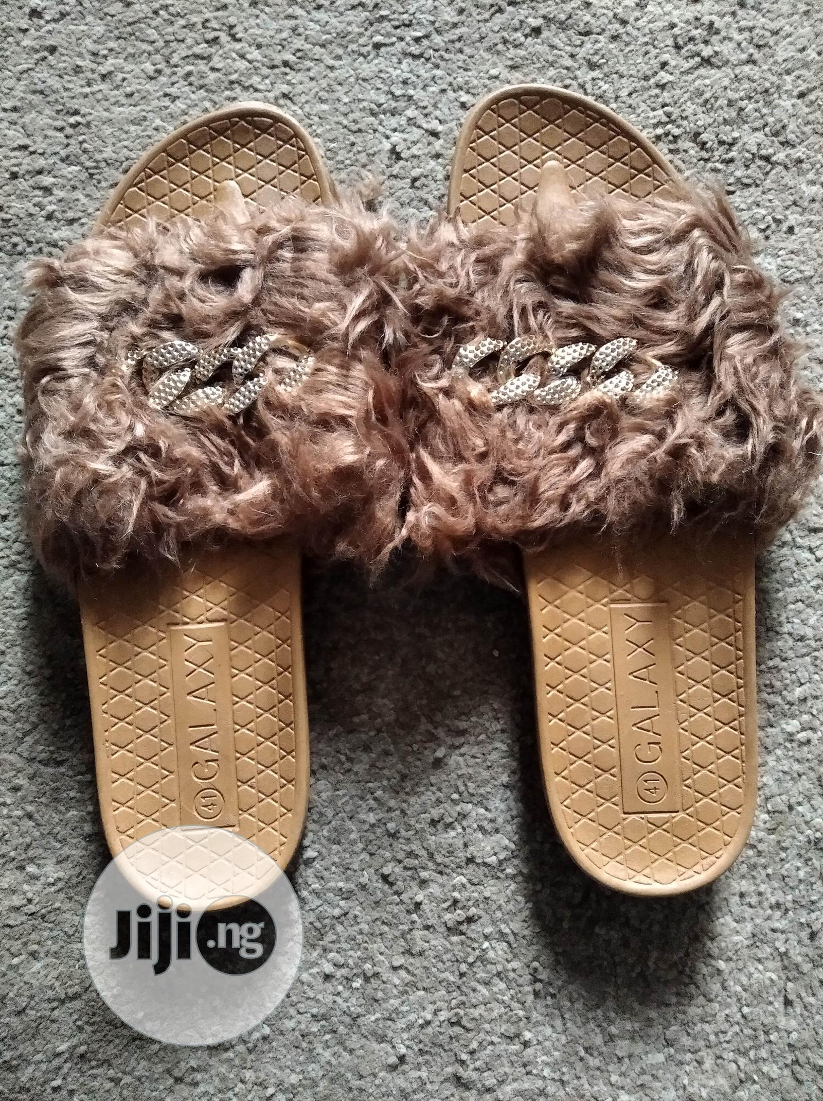 Archive: Female Slippers