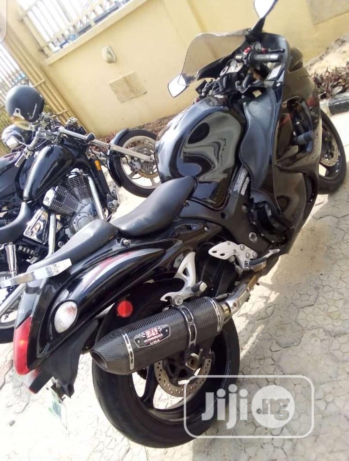 Archive: Suzuki Hayabusa 2012 Black