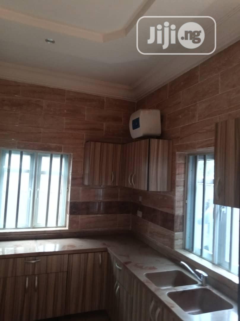Archive: Lovely 5 Bedroom Duplex In Magodo Phase 2 Ikeja Lagos
