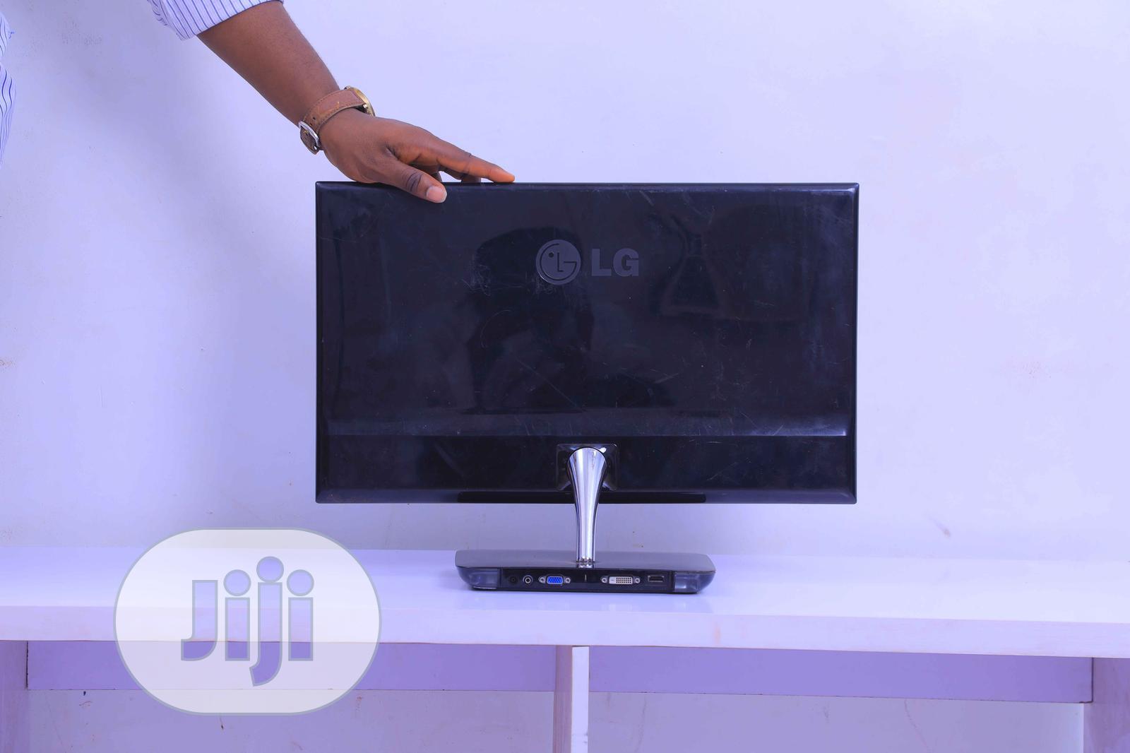 LG E2381VR-BN - LED Monitor - Full HD (1080p) | Computer Monitors for sale in Enugu, Enugu State, Nigeria