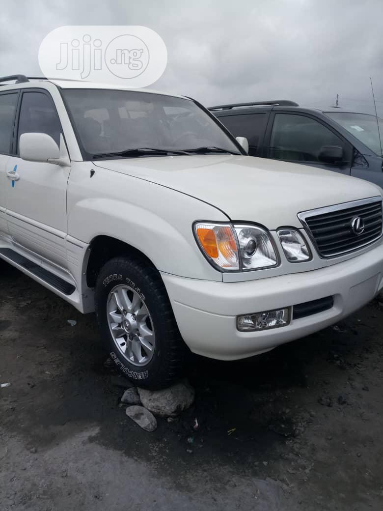 Lexus LX 2004 470 Sport Utility White | Cars for sale in Apapa, Lagos State, Nigeria