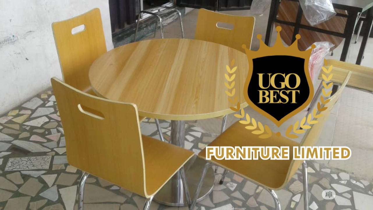 Wooden Quality Restaurant Table