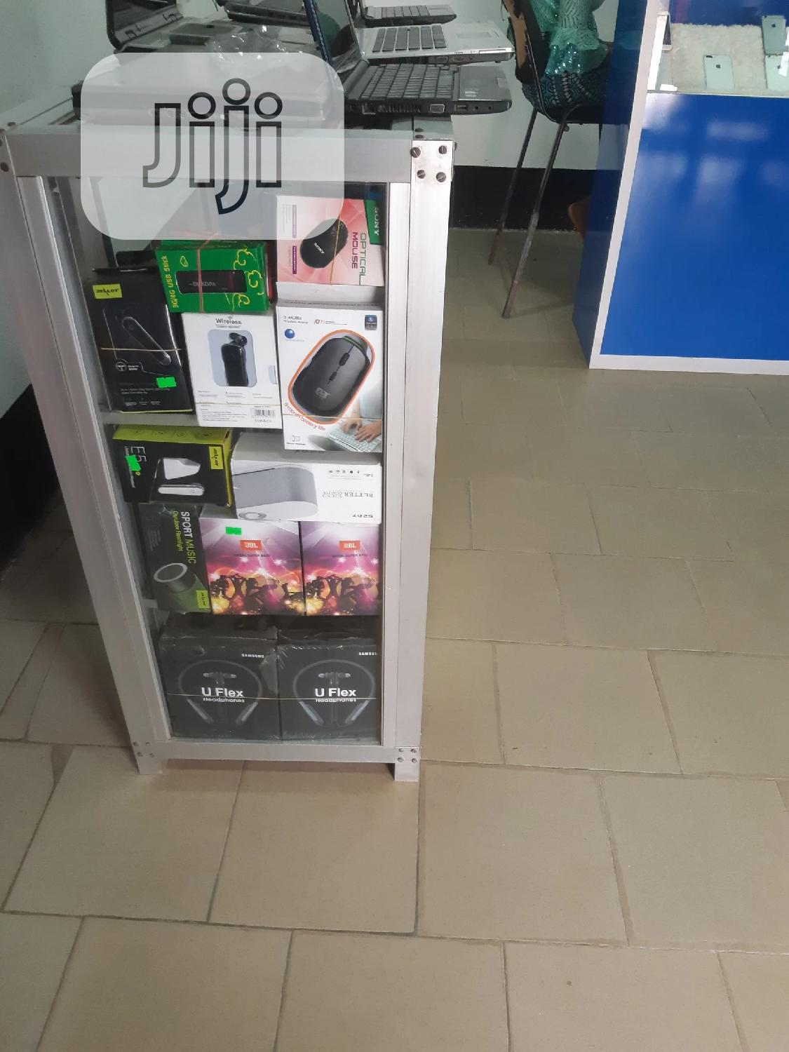 Mighty Show Glass Still New | Store Equipment for sale in Benin City, Edo State, Nigeria