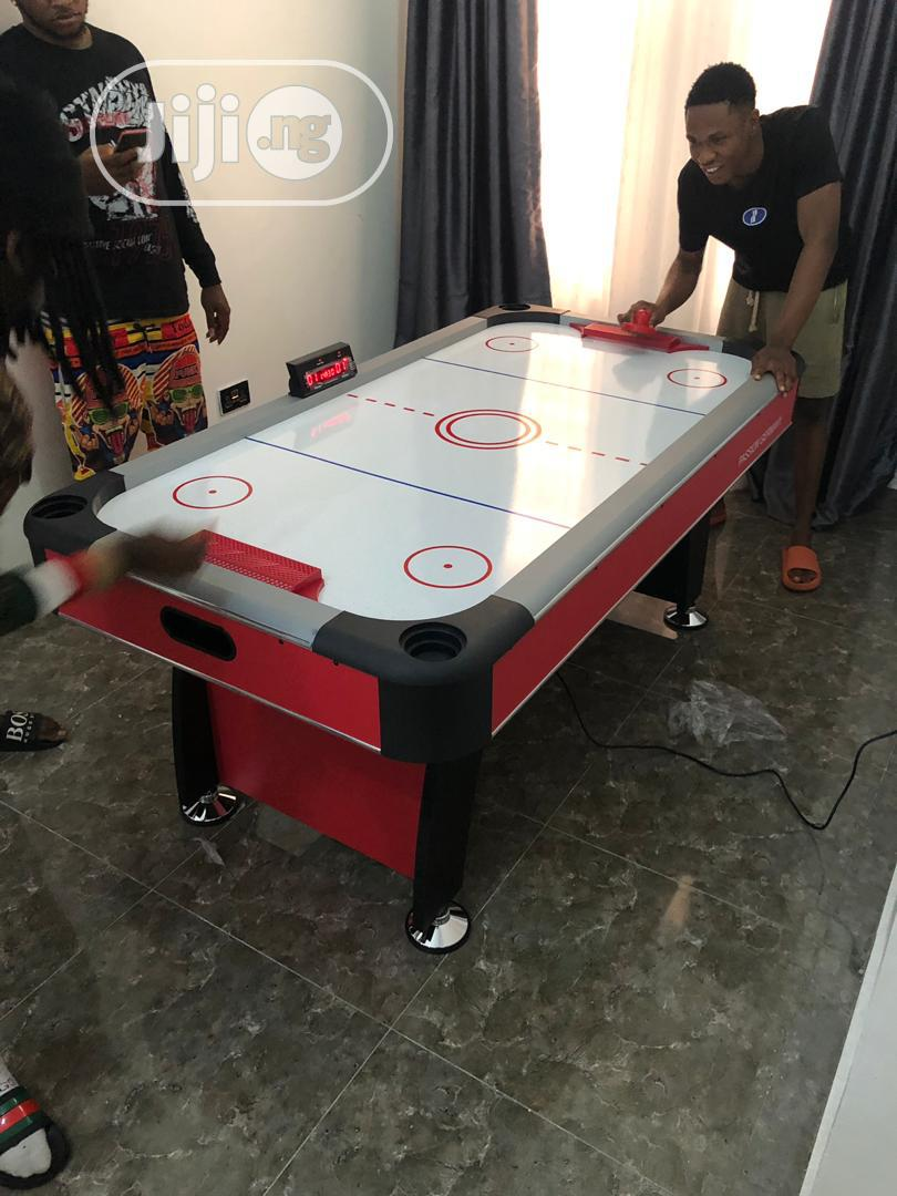 Standard Air Hockey Tabel With Complete Accessories