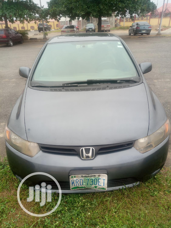Archive: Honda Civic 2007 1.8 Sport Automatic Gray