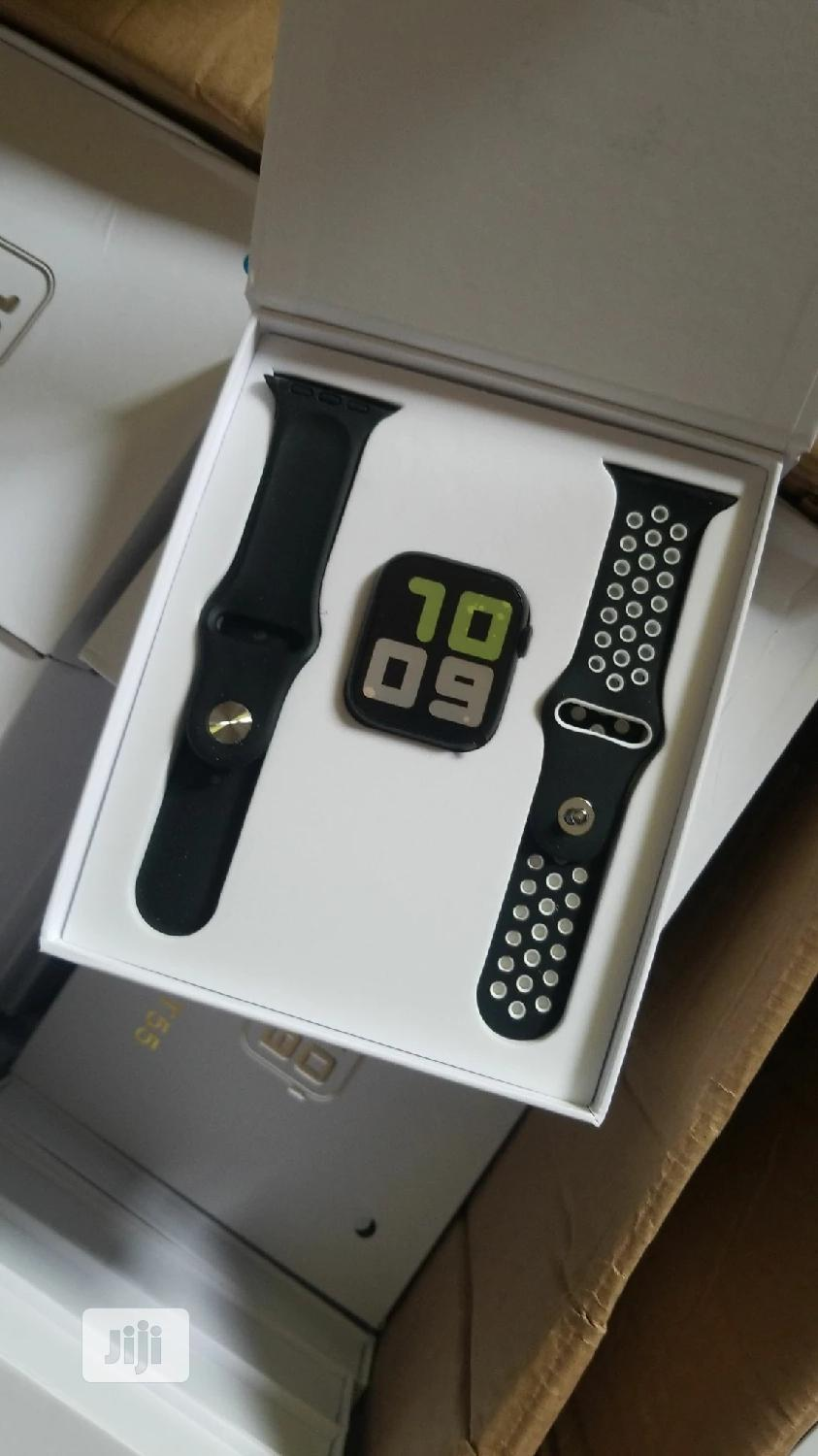Iwatch Series 5 Exact Lookalike With An Extra Rubber Strap | Smart Watches & Trackers for sale in Kubwa, Abuja (FCT) State, Nigeria