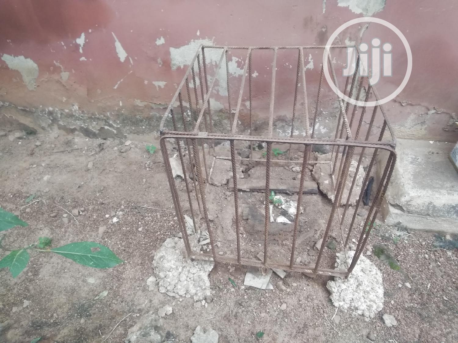 Archive: Battery Cage For Dogs, For Generator Etc