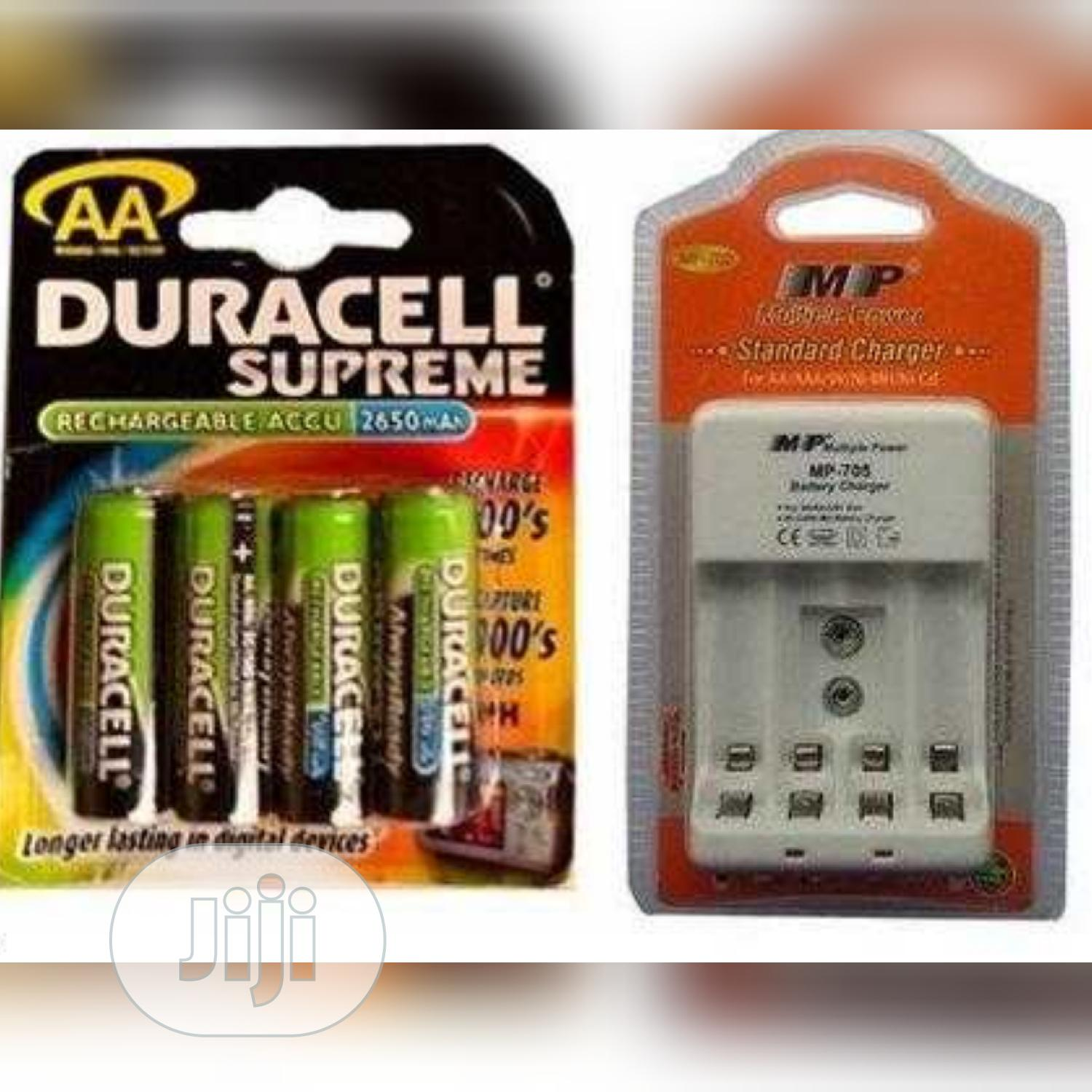 Duracell Rechargeable Battery And Charger