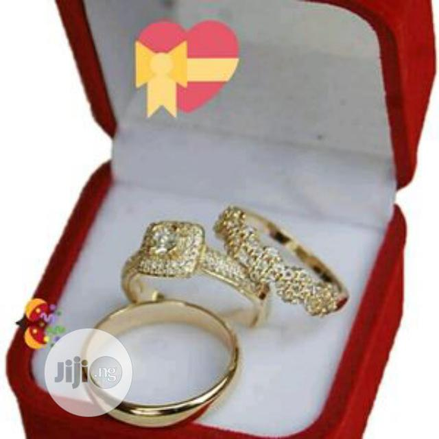 Archive: Gold Wedding Ring Set