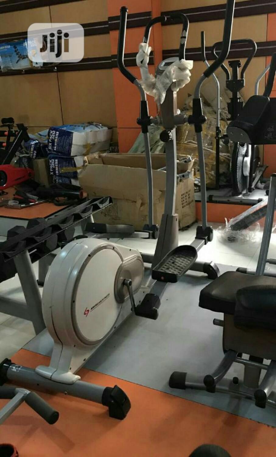 American Fitness Cross Trainer
