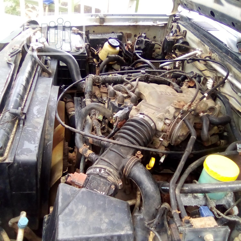 Archive: Nissan Xterra 2001 Automatic Silver