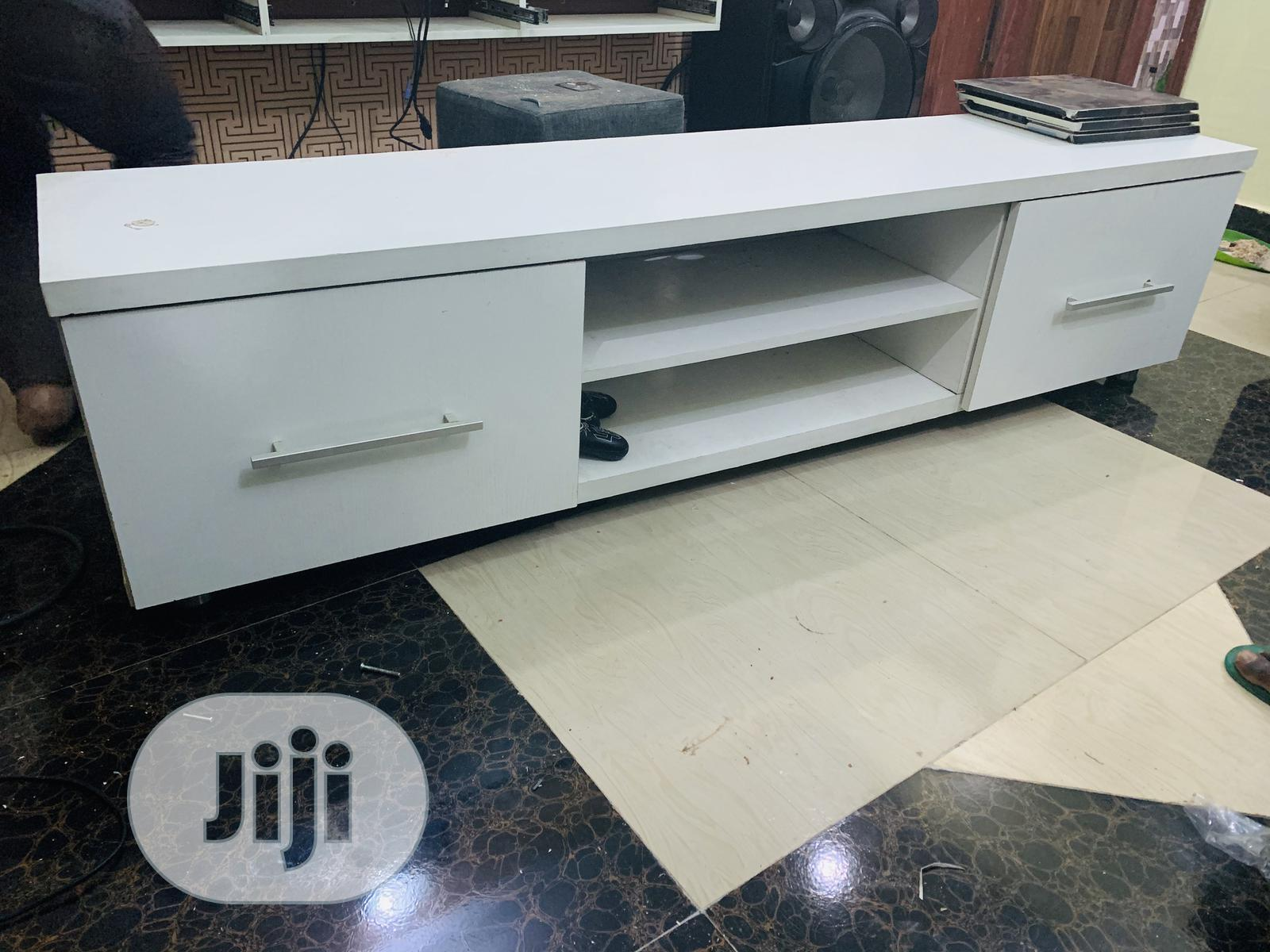 Archive: Super Clean Long Tv Stand