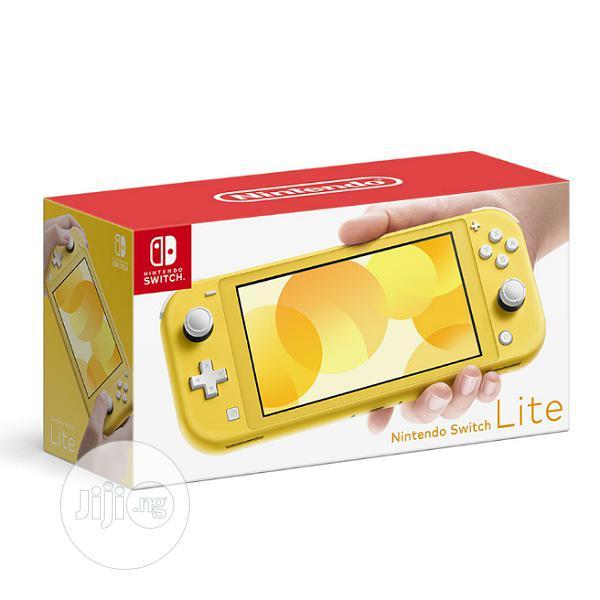 Archive: Nintendo Switch Lite