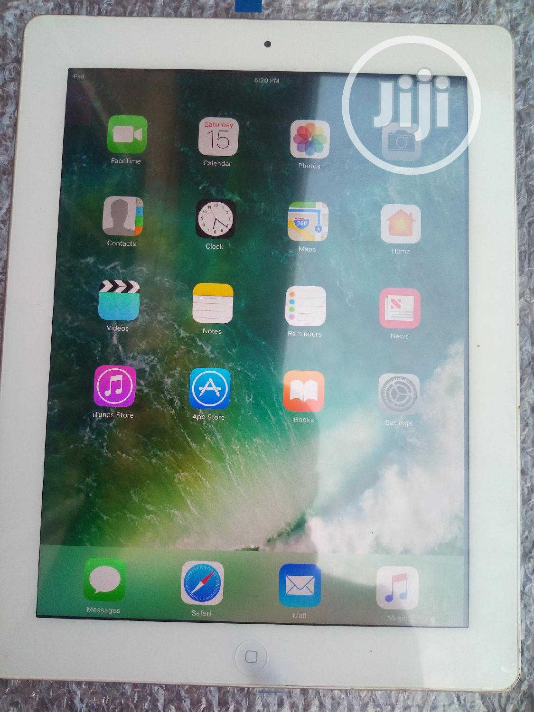 Archive: Apple iPad 2 Wi-Fi 16 GB