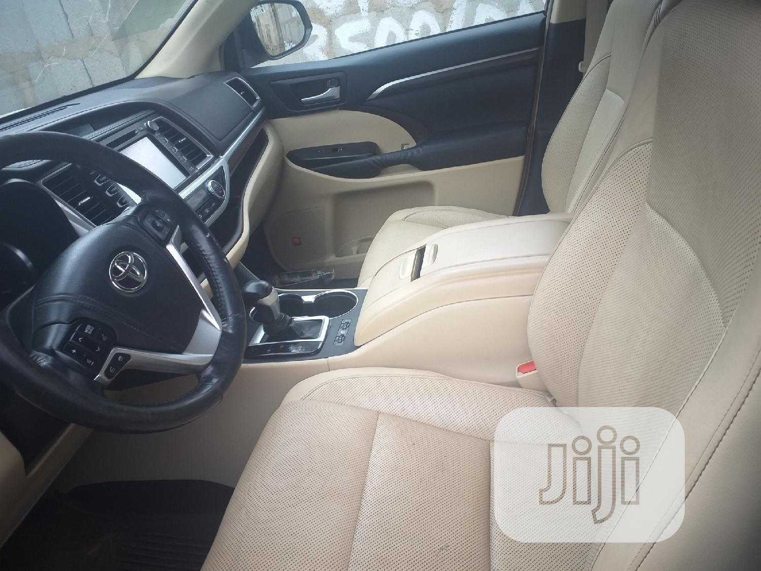 Toyota Highlander 2014 White | Cars for sale in Ikeja, Lagos State, Nigeria