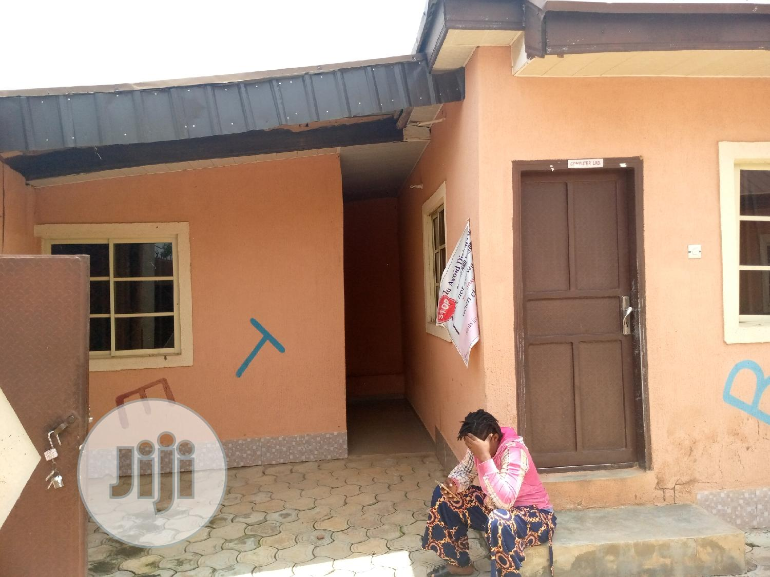 Archive: Convertible School Facility At Janruwa For Sale