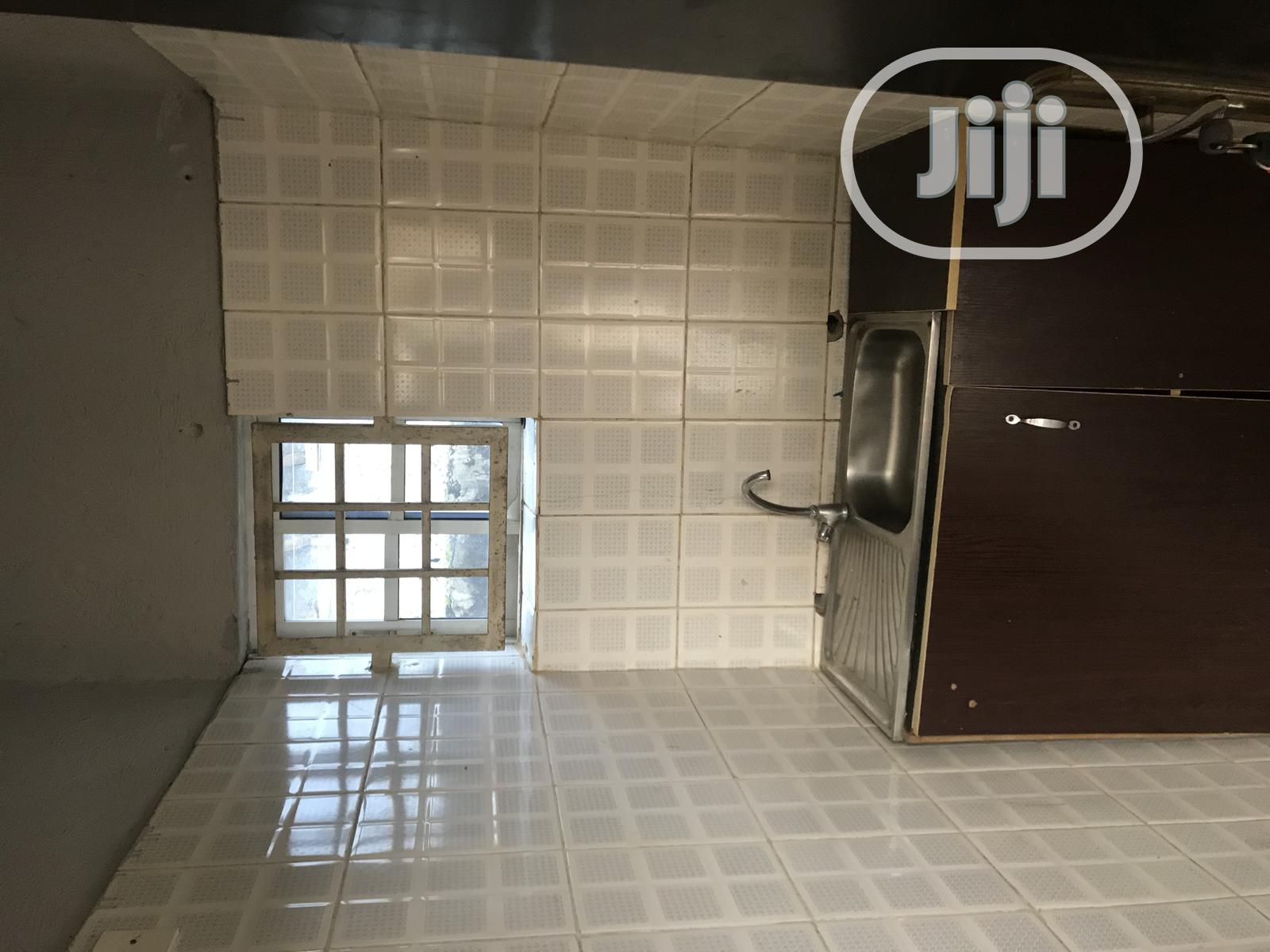 Two Bedroom Bq With One Toilet And Kitchen   Houses & Apartments For Rent for sale in Gwarinpa, Abuja (FCT) State, Nigeria