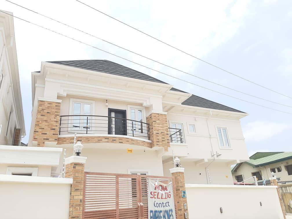 Spacious 5bedroom Ensuite Detached Duplex At VGC Lagos