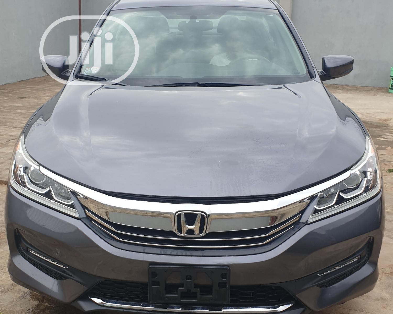 Honda Accord 2016 Gray