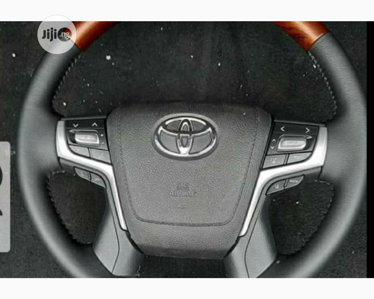 Steering Wheel Toyota Prado Land Cruiser 2019 Model