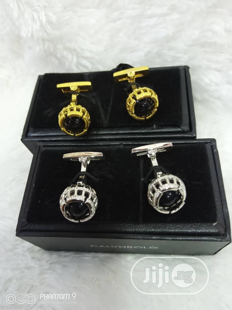 Archive: Quality Gold And Silver Cufflinks