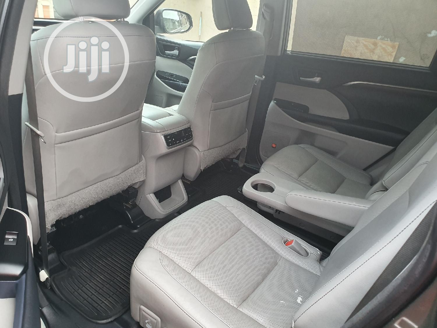 Toyota Highlander 2015 Green | Cars for sale in Surulere, Lagos State, Nigeria