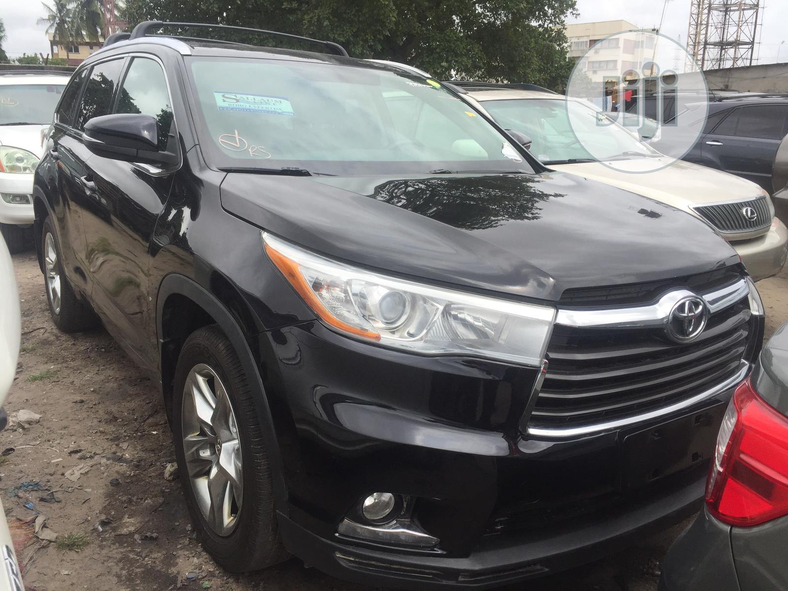 Archive: Toyota Highlander 2015 Black
