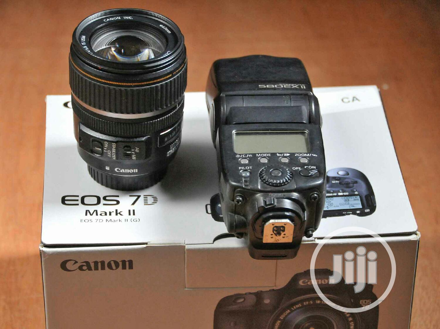 Canon 17-85mm + 7D Mark II Almost Brand New + Speedlite