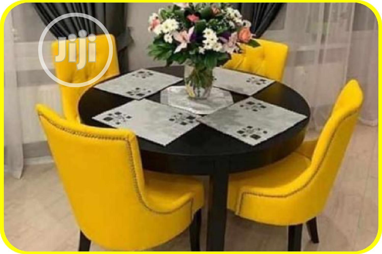 4 Seater Yellow Dinning Set