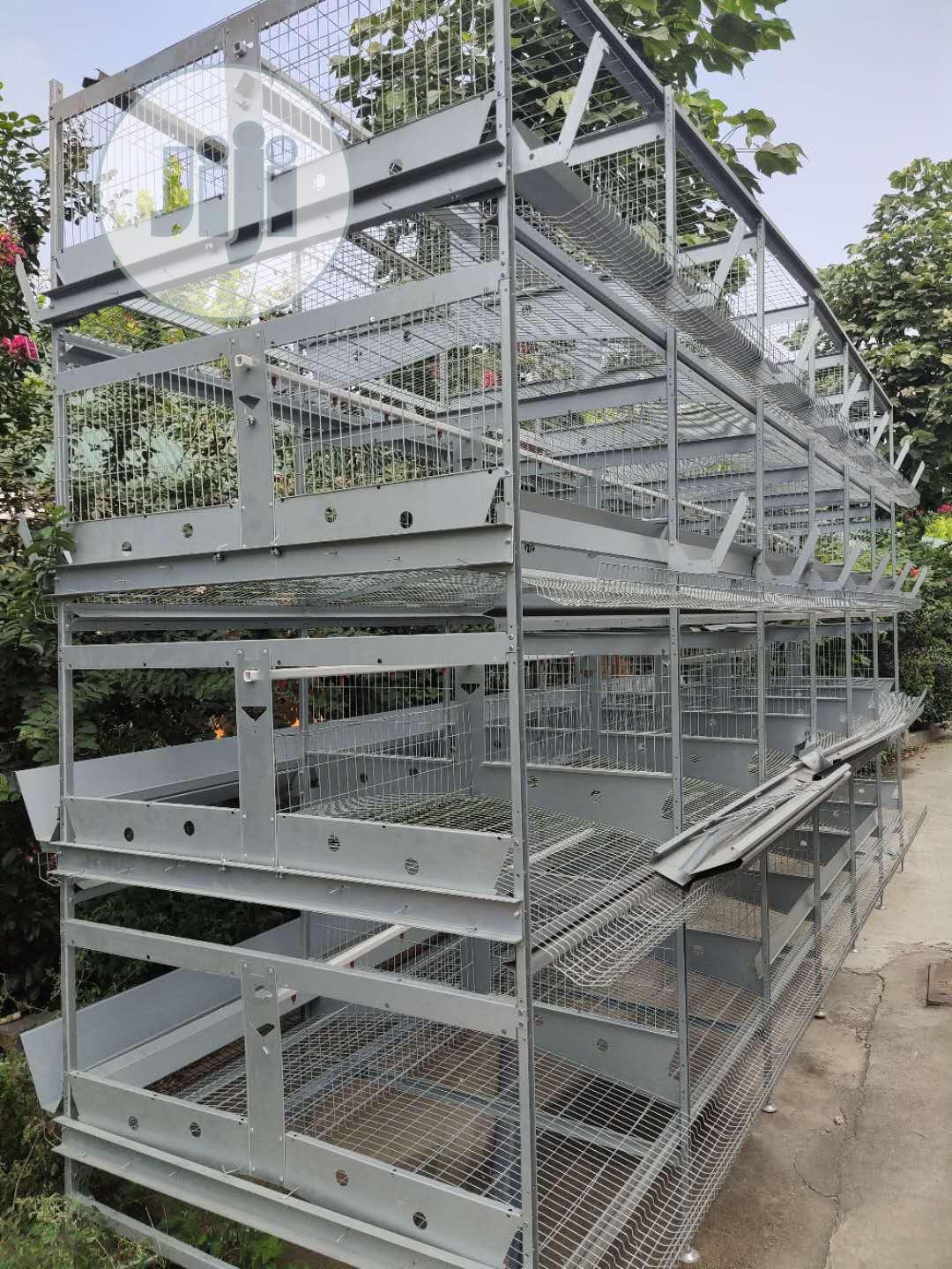 Battery Cages For Layers Pure Hotdipped Galvanized Material.