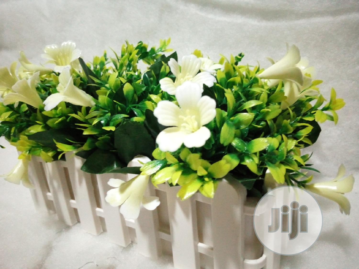 Flower Vase And Artificial Flower