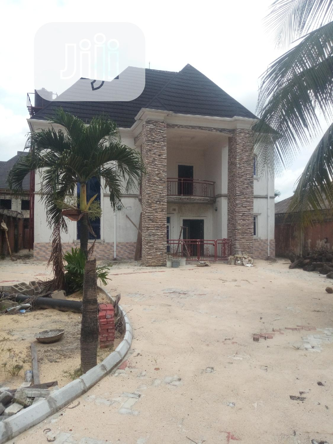 Brand New 4bedroom Duplex With Good Light In Ada George