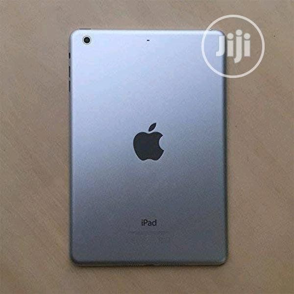 Apple iPad mini Wi-Fi + Cellular 64 GB