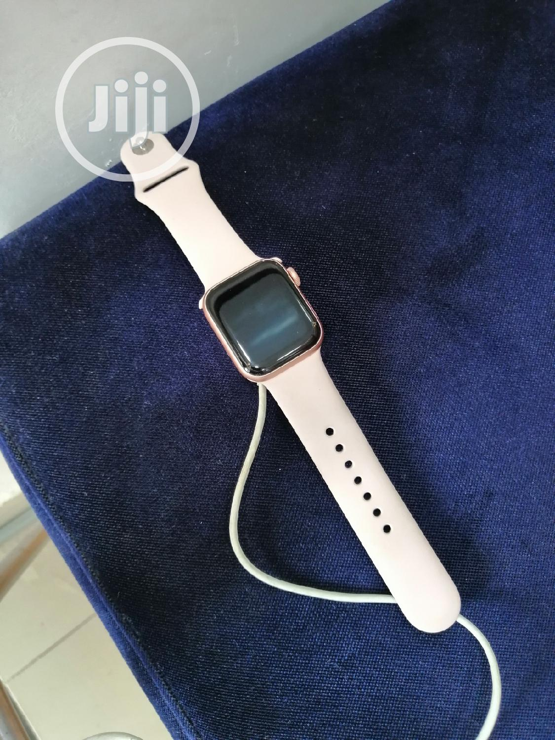 Apple Watch Series 5 40mm GPS +Cellular | Smart Watches & Trackers for sale in Ikeja, Lagos State, Nigeria